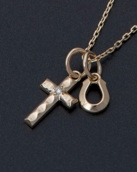 Cross&Horseshoe Necklace - K10 Yellow Gold w/Diamond   LEON、Safari、SENSE掲載