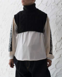 【LAST ONE】Insulated neck sweater