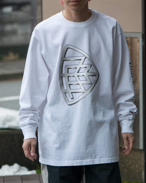 【LAST ONE(XL)】emblem L/S tee white