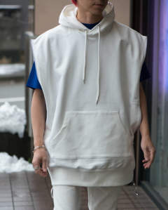 【LAST ONE(M)】zipped sleeveless sweat hoodie white