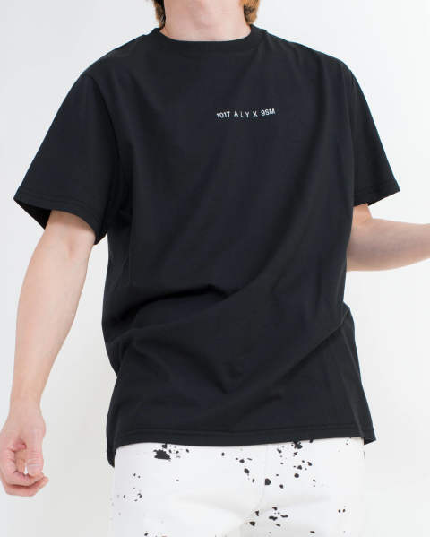 Collection code ss tee black
