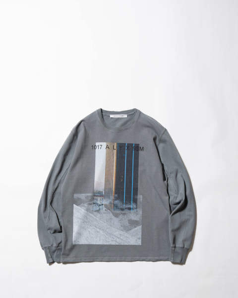 L/S tee w/pocket sleeve