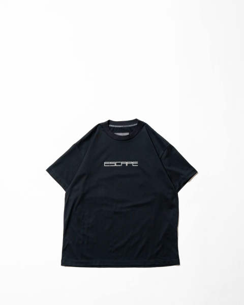 T-shirt-Escape / Law Black