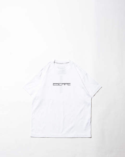 T-shirt-Escape / Law White