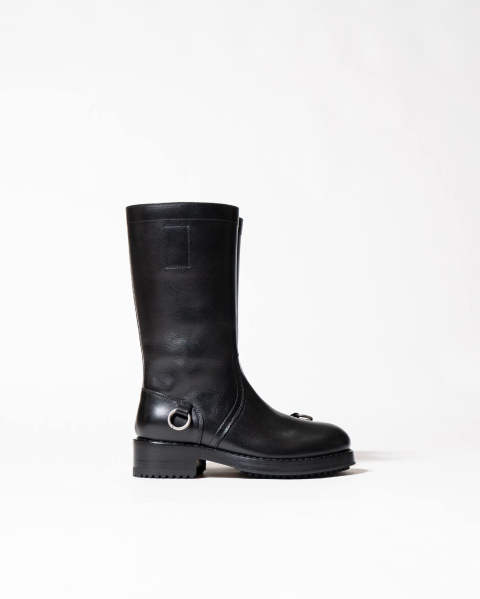 Leather boot high sole asymmetric rings