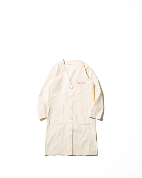 Classic labo coat with 2 labels ecru
