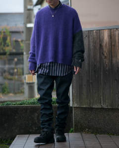 JOHNLAWRENCESULLIVAN  Crew neck knit sweater